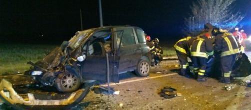 Calabria, incidente stradale: perde la vita una ragazza. (foto di repertorio)