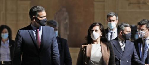 El gobierno de Pedro Sánchez descarta el confinamiento en el domicilio