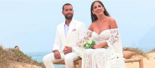 Anabel Pantoja ha agradecido a los asistentes a la boda en un sentido discurso (Twitter/@telecincoes)