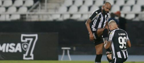 Botafogo venceu o CRB em casa (arquivo Blasting News).
