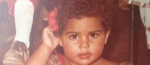 Fabiana Karla resgata foto da infância (Reprodução/Instagram/@fabianakarlareal)