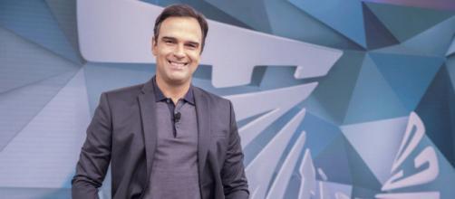 Globo escolhe Tadeu Schmidt para substituir Tiago Leifert no 'BBB' (Divulgação/TV Globo)