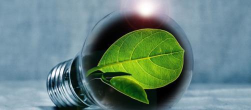 Numero verde ABenergie: una linea diretta per l'energia 'green'.