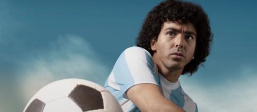 'Maradona: sogno benedetto': la nuova serie tv disponibile su Amazon Prime dal 29 ottobre.