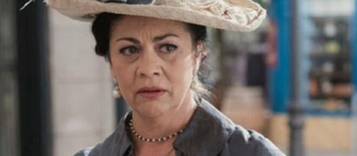 Una vita, trame Spagna: Bellita apprende che sua figlia Cinta ha rischiato di abortire.