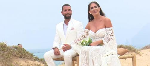 Anabel Pantoja en la boda con Omar (@telecincoes)