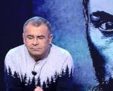 Jorge Javier se subió al estrado para dar la noticia (Telecinco)