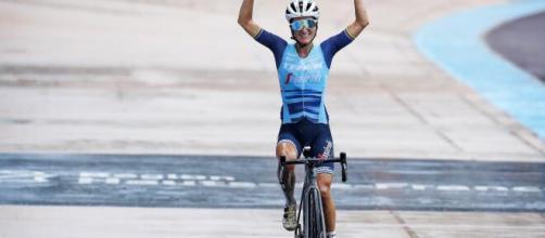 Parigi Roubaix, la vincitrice avrà un premio di 1535 euro, per gli uomini è di 30mila euro.