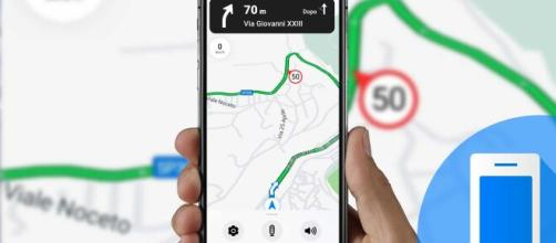 Google Maps, arriva 'Navigazione Lite, funzionalità pensata per i ciclisti. In arrivo anche novità per le e-bike.