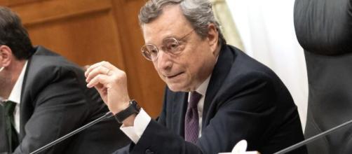 Per Salvini la riforma del catasto sarebbe una patrimoniale nascosta, ma Draghi non arretra.
