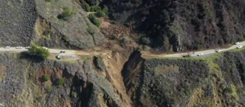 California storm: Drone footage shows collapse of Highway 1 near Big Sur. [©San Francisco Chronicle YouTube video]