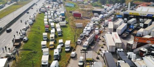 Greve de caminhoneiros começou nesta segunda-feira (1) em alguns lugares do Brasil. (Arquivo Blasting News)