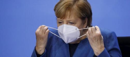 Fanno paura le varianti del Covid-19 in Germania dove la Cancelliera Angela Merkel ha prolungato il lockdown fino al 7 marzo.