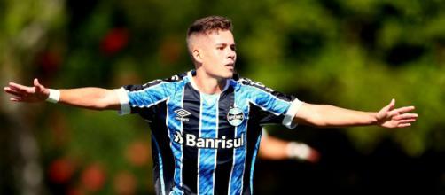 Menino de ouro, Pedro Lucas é uma das grandes promessas da base do Grêmio. (Arquivo Blasting News)