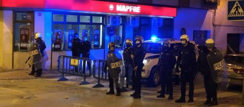 """La policía reprimió con """"fuego real"""" las protestas de Linares."""