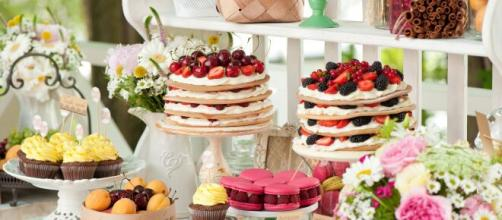mesas de dulces para fiestas adultos - Buscar con Google   Mesa de ... - pinterest.com