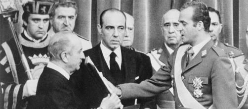 Don Juan Carlos I tras asumir la jefatura de Estado no quería dar grandes concesiones la izquierda