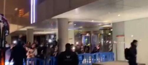Les joueurs du PSG chahutés par les fans du FC Barcelone - ©capture d'écran Vidéo RMC