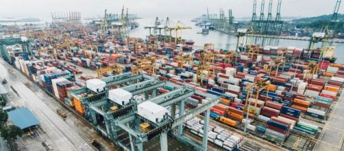 Cina, primo partner commerciale per l'UE.