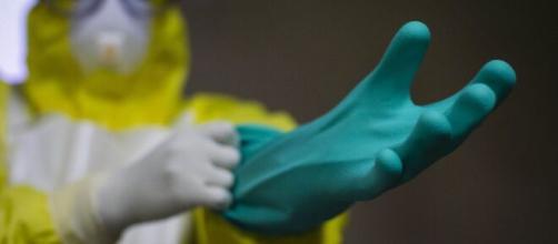 Brote de ébola en África Occidental preocupa a la OMS