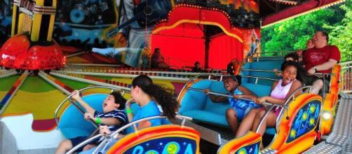 Los parques de atracciones de Nueva York reabrirán con ciertas restricciones sanitarias por la pandemia.