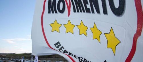 Movimento 5 Stelle espulsione dei 15 senatori che hanno votato NO al governo Draghi.