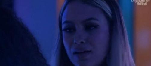 Sarah pede desculpas no 'BBB21'. (Reprodução/TV Globo)