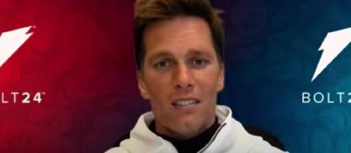Ex-Chiefs DE Jared Allen picks Brady, Bucs over his old team: 'I love watching greatness' (© Tampa Bay Buccaneers/YouTube)