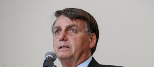 Bolsonaro diz que se dependesse dele não viveria no sistema atual. (Arquivo Blasting News)