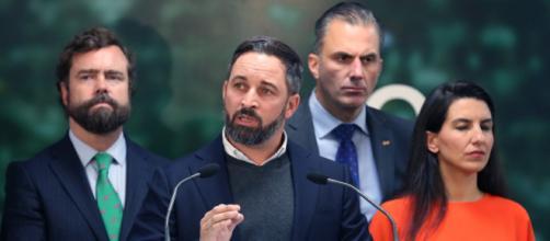 VOX pretende aprovechar el descenso del PP de Pablo Casado