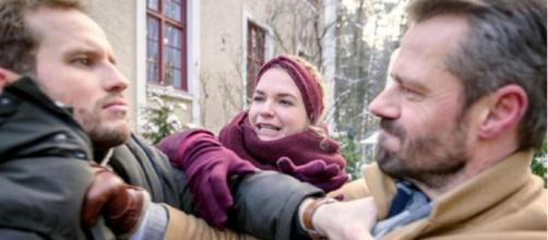 Tempesta d'amore, trame tedesche: Florian scopre che Erik ha costretto Maja a tradirlo.