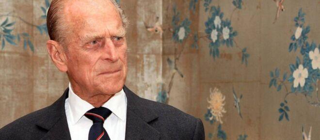 El príncipe William dice que su abuelo, Felipe de Edimburgo, está bien cuidado en hospital