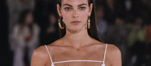 5 curiosità su Vittoria Ceretti, top-model che sarà a Sanremo 2021: è stata con Tony Effe