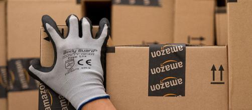 Amazon assunzioni: si ricercano magazzinieri.