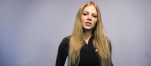 Luísa Sonza torce para o Internacional. (Arquivo Blasting News)