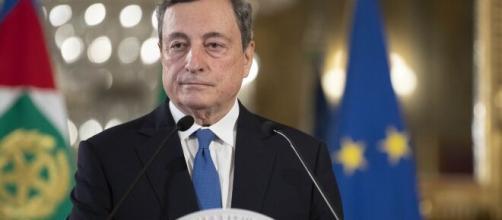 Bonus 100 euro cedolino, grattacapo per Draghi: rischio perdita o restituzione nel 2021.