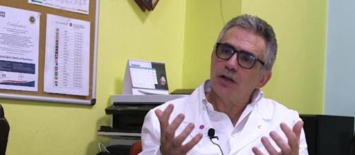 Fabrizio Pregliasco preoccupato dalla diffusione delle varianti.