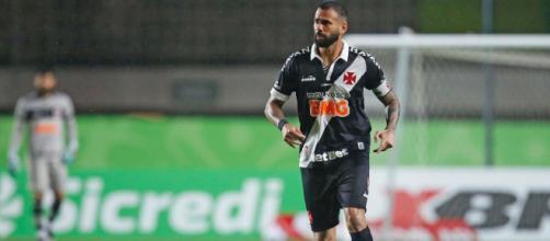 Boa parte da torcida do Vasco perdeu a paciência com Leandro Castán (Arquivo Blasting News)