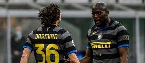 Inter Genoa 3-0, nerazzurri in fuga .