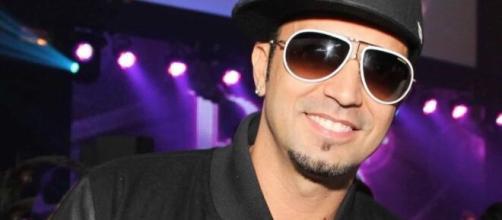 Latino tem músicas de sucesso. (Arquivo Blasting News)