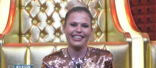 Carlotta Dell'Isola, ex GF Vip, su Zenga: 'Predica bene e razzola male, finto'.