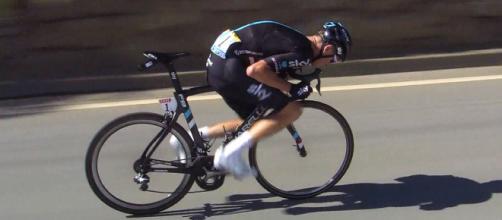 Chris Froome al Tour 2016: questa posizione in bici è stata vietata