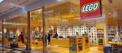 Offerte di lavoro: assunzioni e stage da parte di Lego.