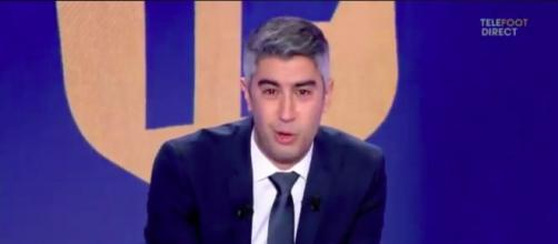Smaïl Bouabdellah trés ému au moment de quitter Téléfoot la chaine - Photo capture d'écran vidéo Téléfoot