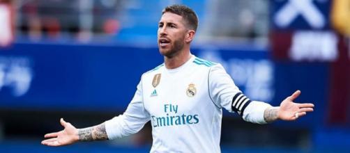Ramos quiere retirarse en el Real Madrid y el dinero lo dificulta