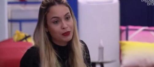 Sarah detona Karol e Nego Di no 'BBB21'. (Reprodução/TV Globo)