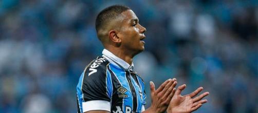 Dupla de zaga reserva não vai bem em duelo contra o Botafogo. (Arquivo Blasting News)