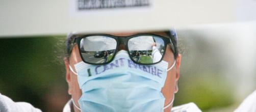 La gente está cansada del uso de mascarillas para evitar el coronavirus.