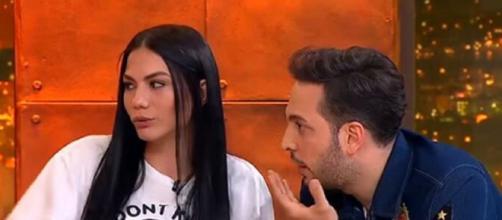 Svolta sentimentale per Demet Ozdemir: l'attrice di Daydreamer ha confermato il flirt con Oğuzhan Koç.