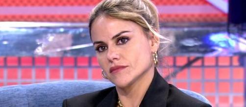 El novio de Mónica Hoyos amenaza a María Patiño con una querella